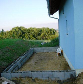 terrasse fundament betonieren wohn design. Black Bedroom Furniture Sets. Home Design Ideas